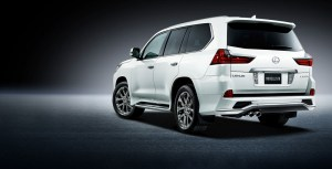 modellista-has-a-wide-body-kit-for-the-2016-lexus-lx-suv-only-japan-will-get-it_5
